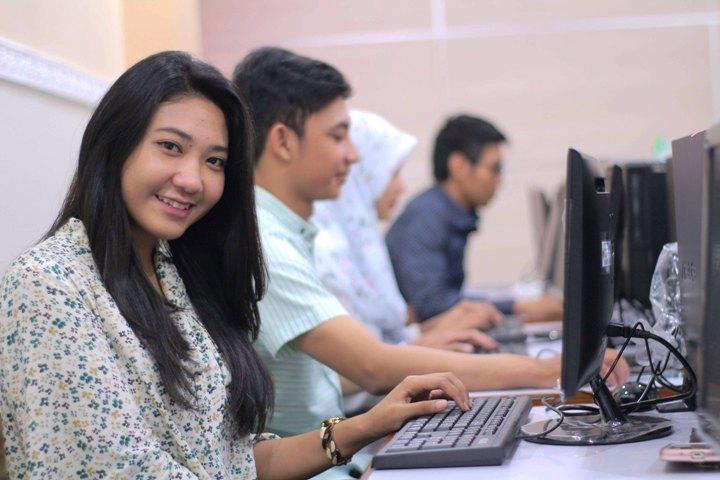 S1 Teknik Informatika di NTB